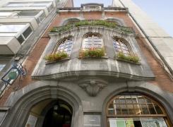 L'expo «Les trésors cachés de nos façades» joue les prolongations à la Maison du Tourisme de Charleroi