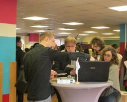 Une rencontre entre futurs prescripteurs et producteurs de matériaux d'éco-construction s'est tenue à Mons