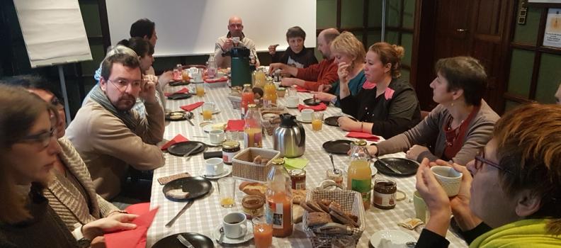 Espace Environnement a organisé et partagé un petit déjeuner Oxfam