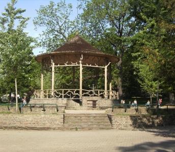 Élaboration d'un parcours urbain en centre-ville de Charleroi à destination des élèves du secondaire