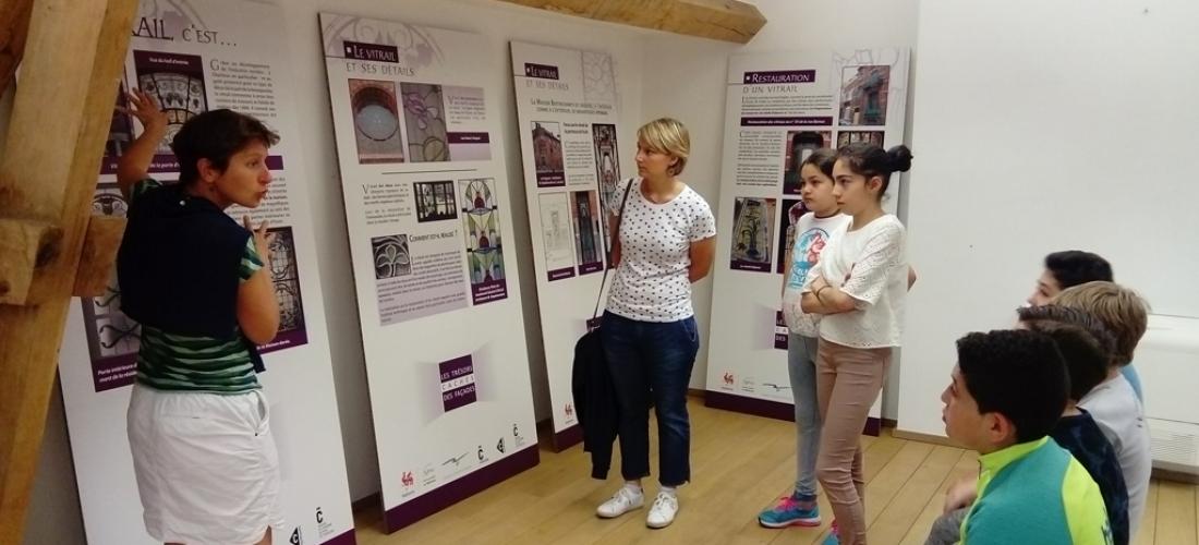 Réalisation d'outils de sensibilisation pour le « petit patrimoine des façades » de Charleroi